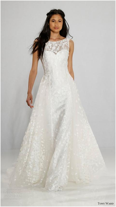مدل لباس عروس یقه جواهری