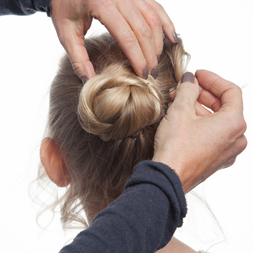 مدل موی گوجهای پیچخورده دخترانه