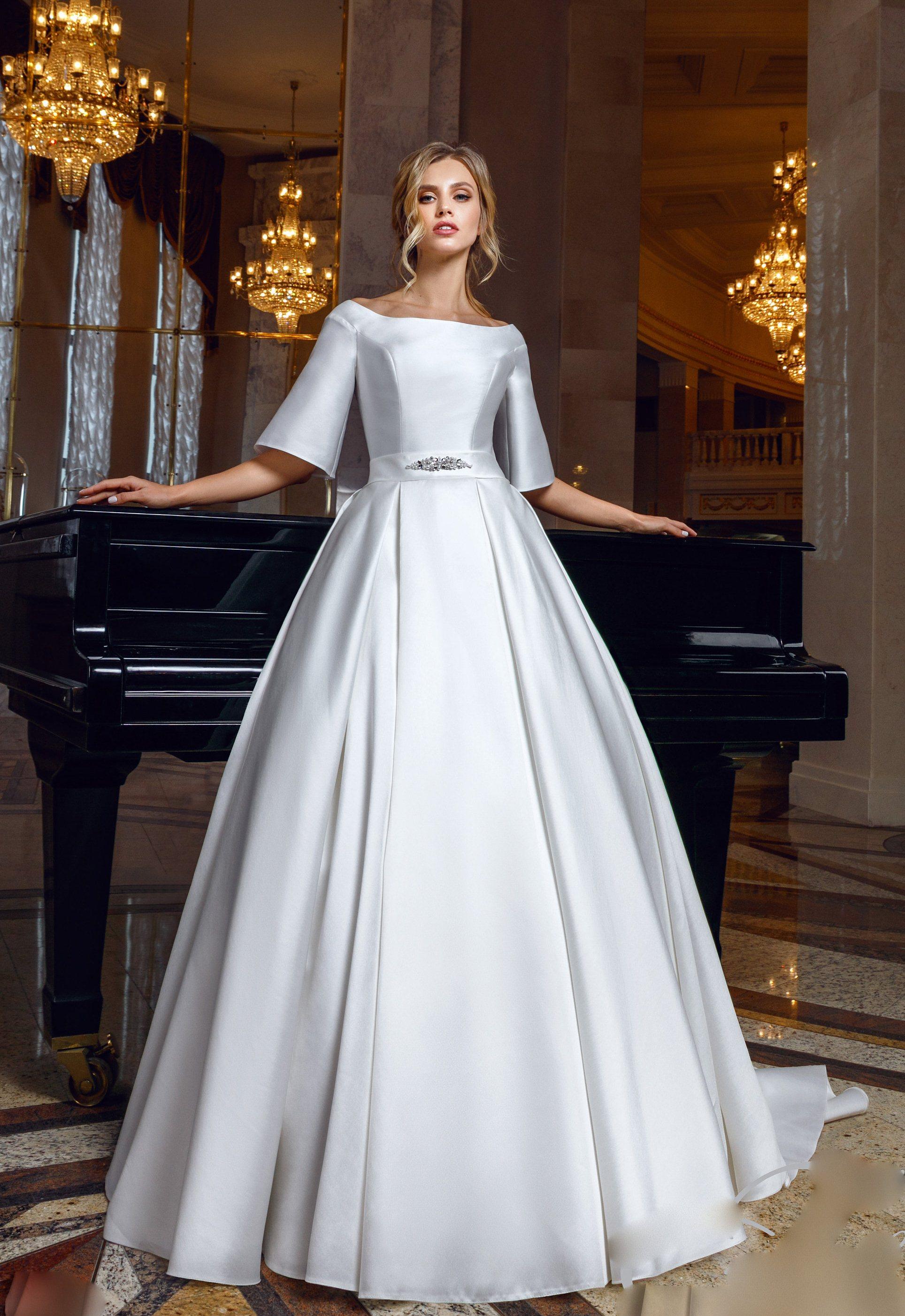 مدل لباس عروس طرح ساتن