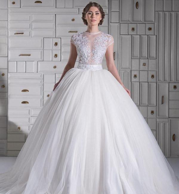 لباس عروسی پفی