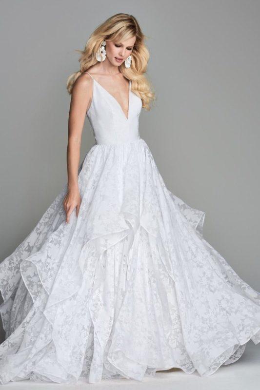 لباس عروس با طرح تور جدید