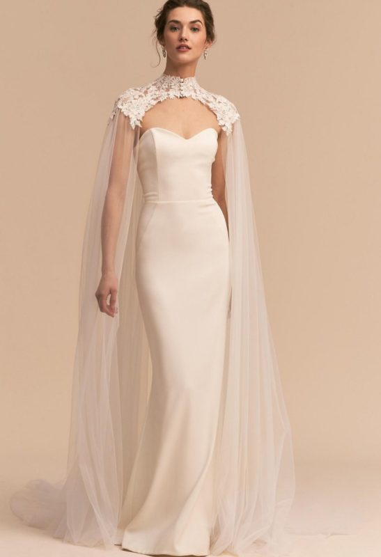 لباس شنل دار توری بلند مخصوص مراسم عقد و نامزدی