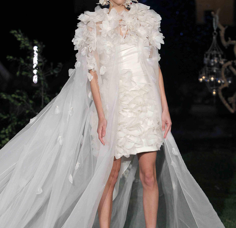 عکس هنری از لباس عروس