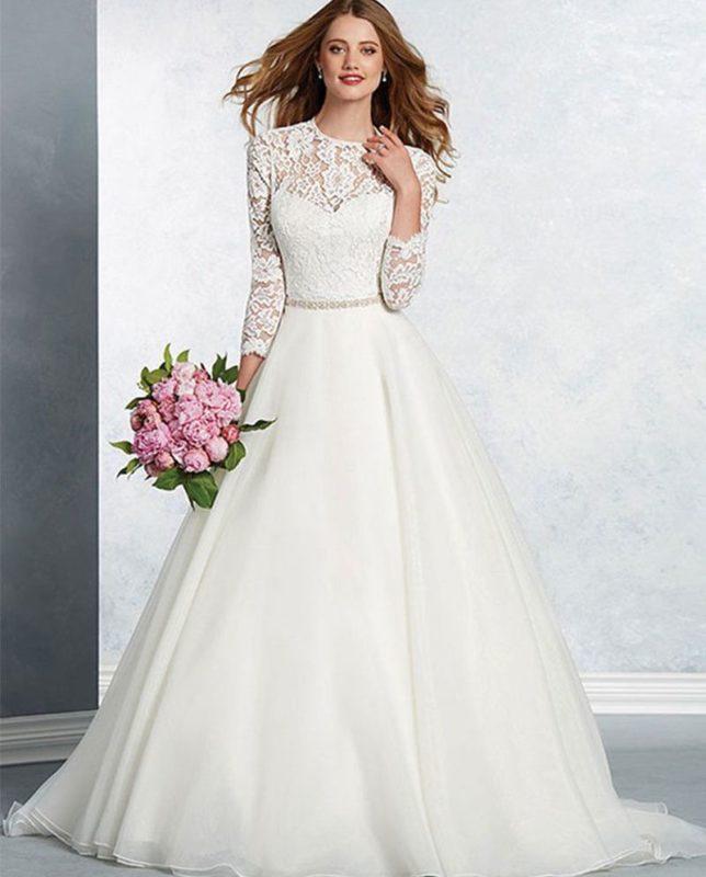 عکی لباس عروس پوشیده